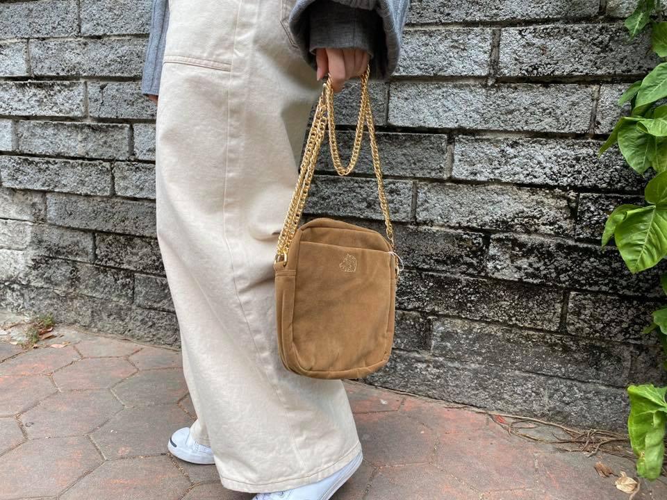 小包穿搭,旅行小包,小包, 小包穿搭女,小包搭配,輕旅行穿搭,邱季穿搭,出遊穿搭,