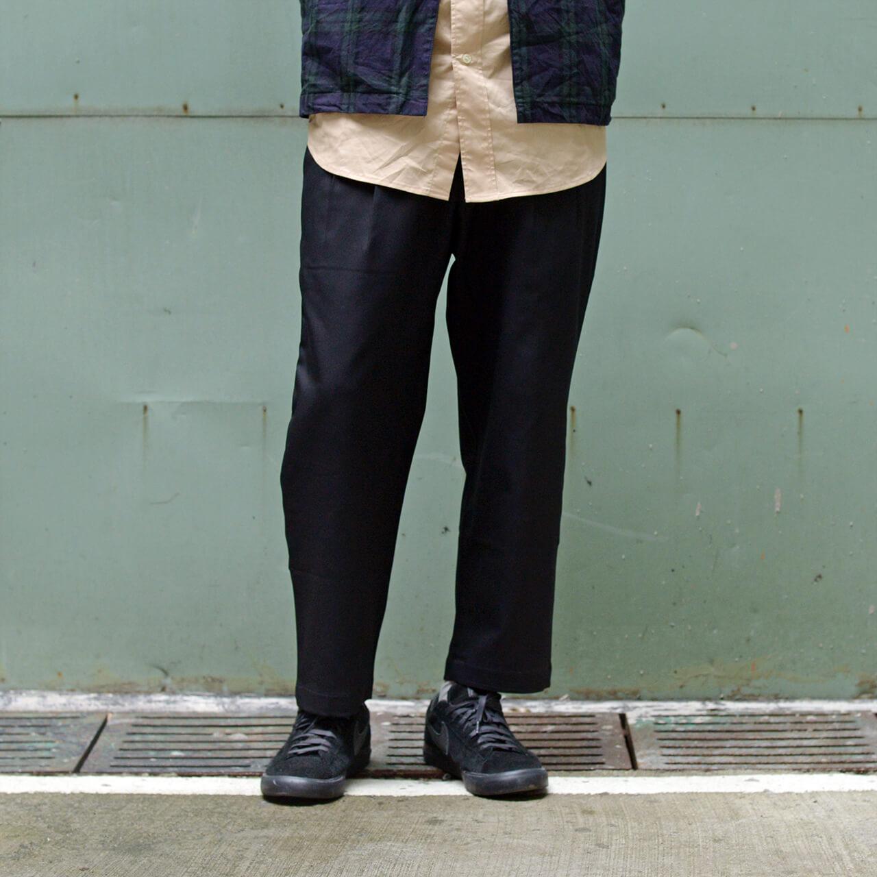 早春穿搭,冬季穿搭,男生穿搭,街頭,西裝,休閒搭配,akko,akko 褲,一週搭配,街頭搭配,搭配型人,街頭型人,皮鞋,成套,AKKO褲,微寬褲,COP3563,西裝料錐形長褲,