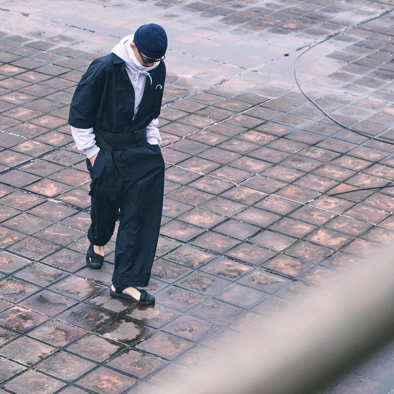 吊帶褲,吊帶褲穿搭,吊帶褲穿搭男,吊帶褲男,吊帶褲穿搭男,吊帶褲穿法,吊帶,牛仔吊帶褲,吊帶短褲,連身服,連身服 穿搭
