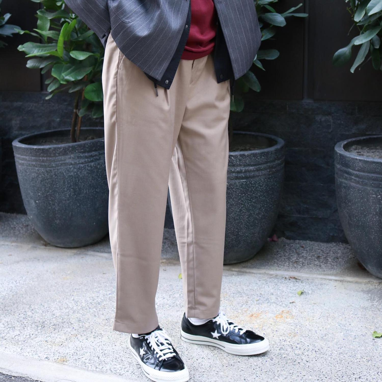 上班穿搭,上班穿搭 女,上班穿搭男,錐形褲,錐形褲 穿搭,錐形褲男,錐形西裝褲,比例神褲